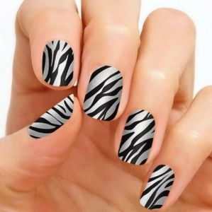 RARE Color street nails serengetti stripes zebra